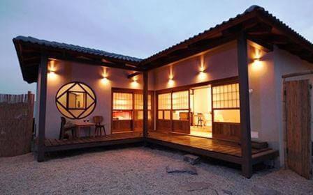 יפן הקטנה, ראקויה
