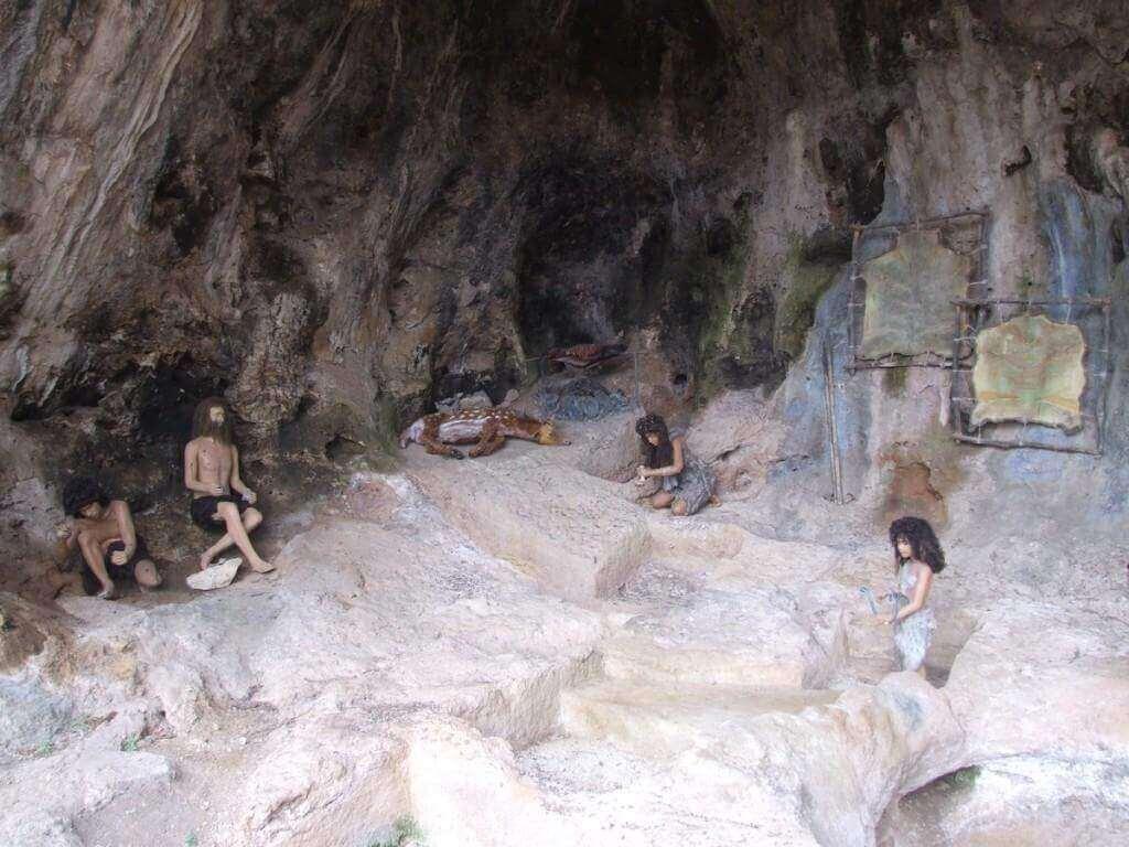 נחל מערות