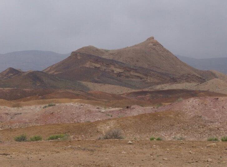 פסגת סנפיר במכתש הגדול