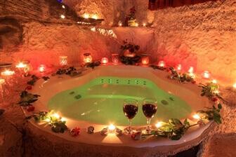 צימר אלאדין - בקתות ומערות