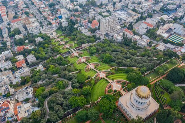 הגנים הבהאיים, חיפה