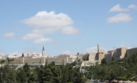 פנים רבות לה: סיורים קסומים בירושלים
