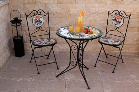 פינות ישיבה בחצר