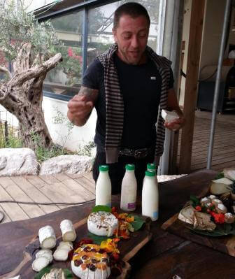 סדנא עם השף פרנק אזולאי (צילום מירב לזר)