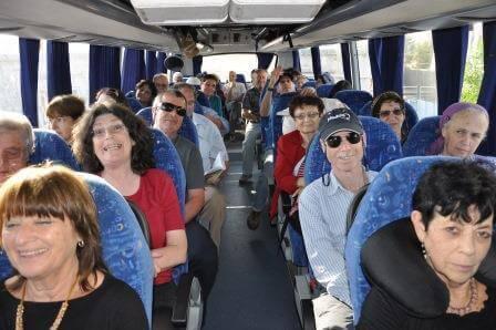 """האוטובוס המזמר, צילום יח""""צ"""