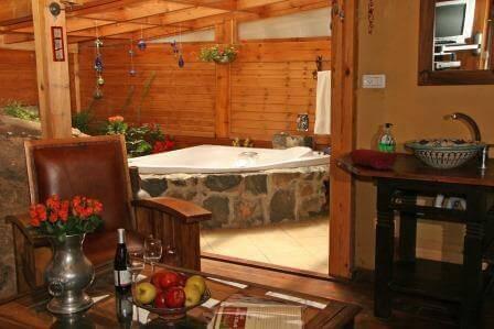 מלון בוטיק בסגנון אירופאי, אחוזת מרום (צילום סשהבה אלכוב)