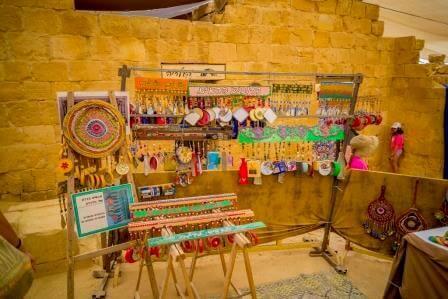 """שוק ססגוני בלב המדבר, התמונה באדיבות רט""""ג"""