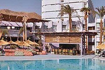 מלון קלאב מד - קורל ביץ