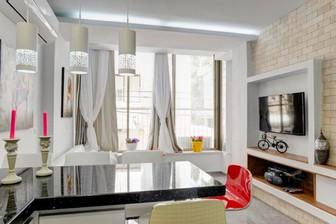 דירת 4 חדרים יוקרתית ליד הים