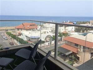דירת יוקרה אל מול הים